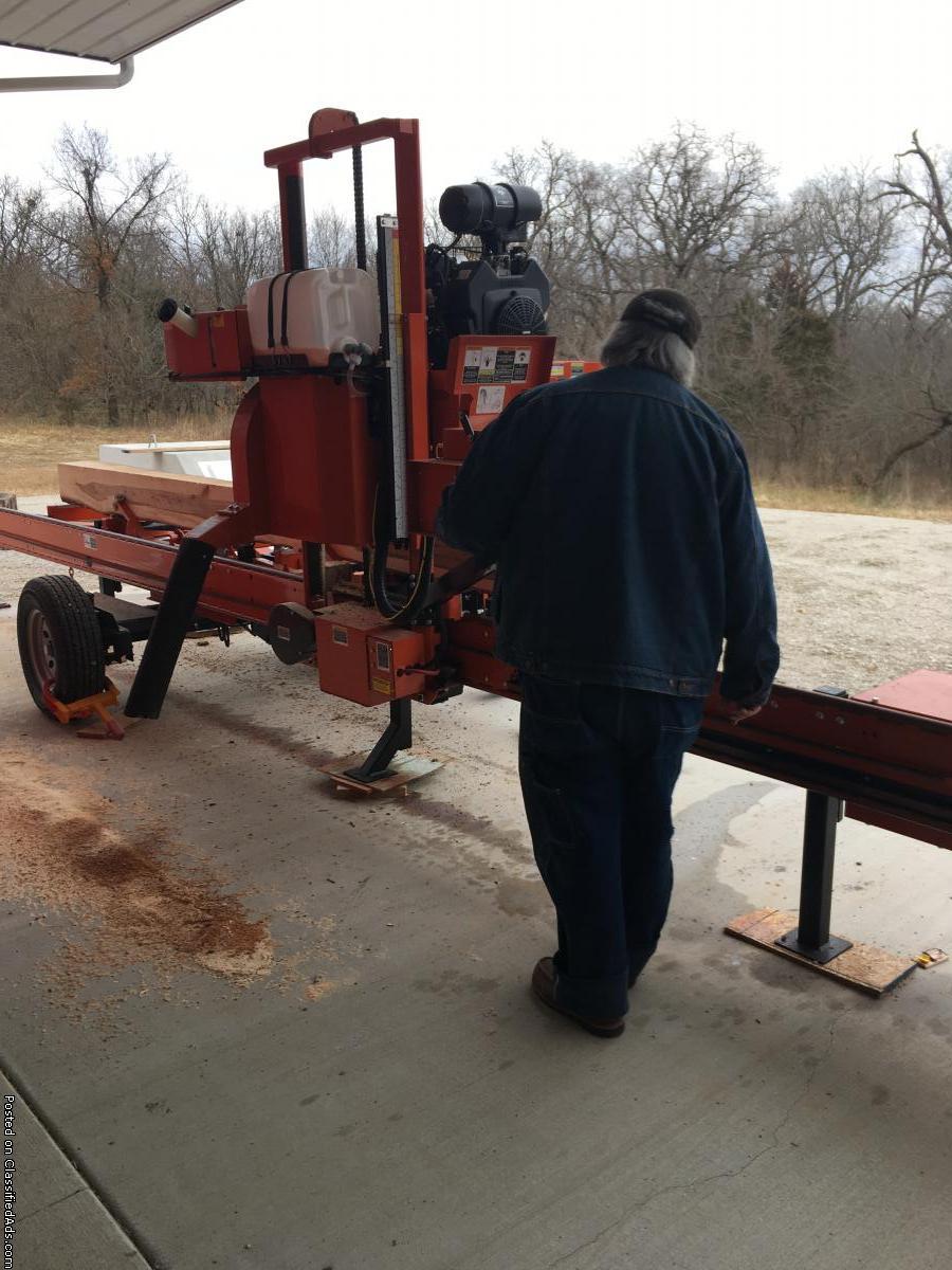 Fat Cat Steve, Sawmill cutting boards01